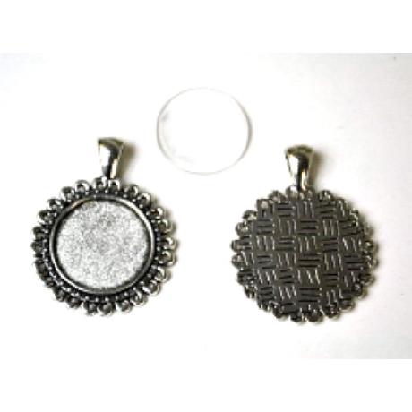 Medál kör margaréta antik ezüst színű + 20 mm lencse