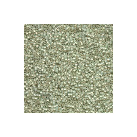 Miyuki Delica 11/0, Ezüst közepű limeopál, 5 g