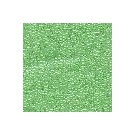 Miyuki Delica 11/0, Világos zöld közepű kristály lüszter, 5 g