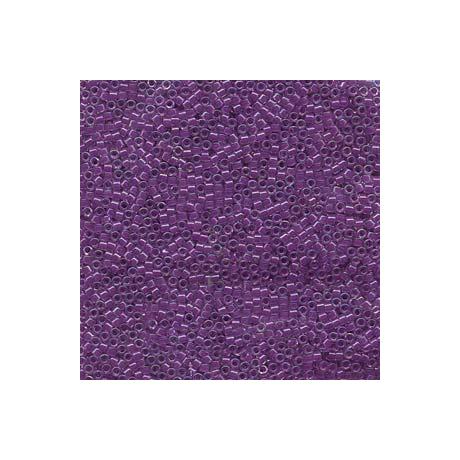Miyuki Delica 11/0, Színezett közepű lila AB, 5 g