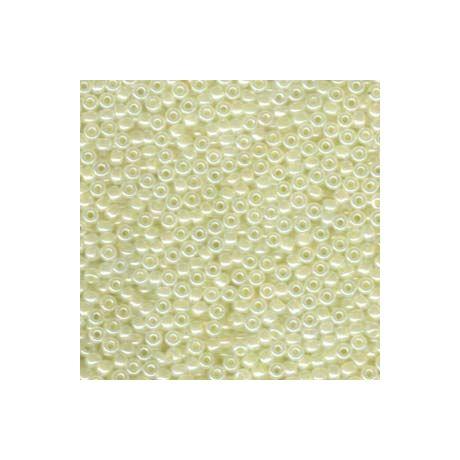 Miyuki kásagyöngy 8/0   8-9527 Bézs opál ceylon 5 g